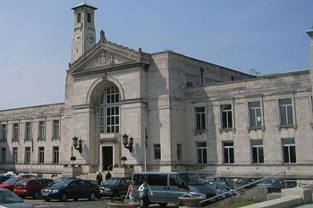 All council buildings in Southampton to use 100% green electricity image