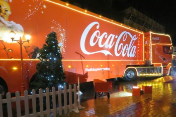 Call to ban Coca-Cola Christmas truck from Liverpool image