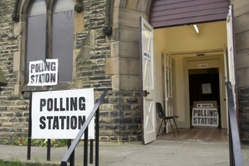 Campaigners call for major voting rights effort image