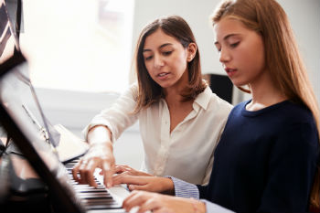 Council chiefs warn of 'threat' to music lessons image