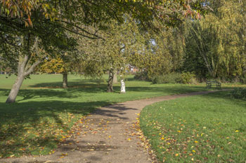 Council considers Green Guarantee to protect public spaces image