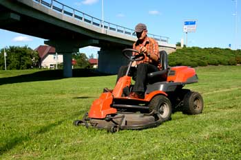 Council fined after apprentice loses finger in lawnmower accident image