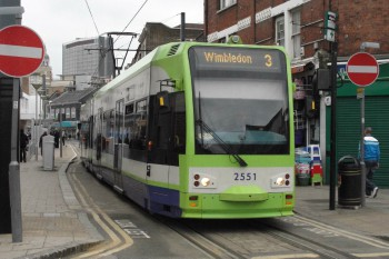 Council welcomes report into Croydon tram crash image