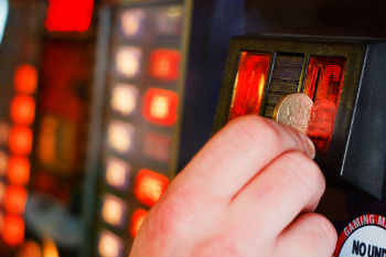 Councils call for limit on fixed odd betting machines image