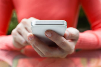 Councils call for new powers to verify mobile phone coverage image