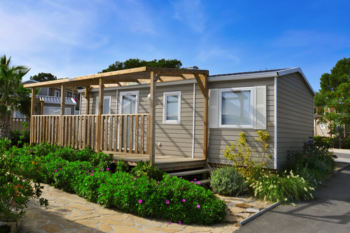Councils granted powers to punish rogue mobile home site owners image