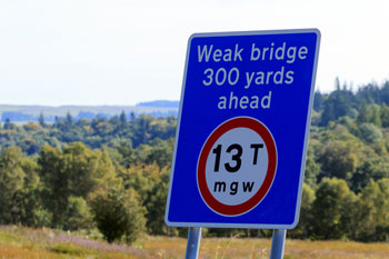 Councils need nearly £7bn to fix substandard bridges image