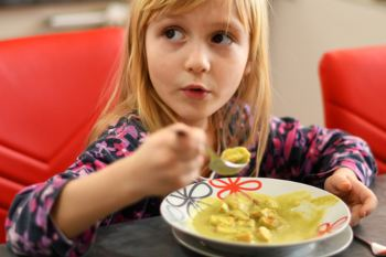 Councils told to provide free school meals during half term image