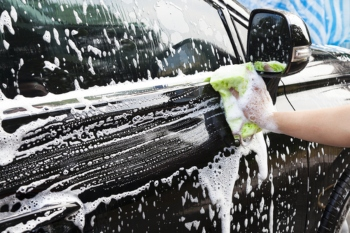 Councils warn moves to license hand car washes must be fully funded image