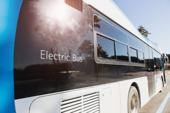 Coventry and Oxford prepare to run UK's first all-electric bus services image