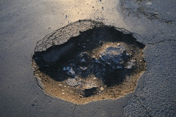 Drivers 'frustrated' with fall in pothole-fixing funds image