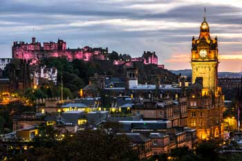 Edinburgh council votes in favour of 'tourist tax' image