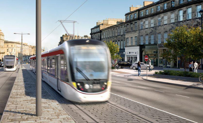 Edinburgh tram extension gets green light image
