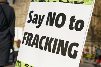 Government bans new fracking in England image