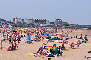 Government urged to fast-track beach safety funding image