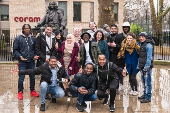 Helping young migrants settle in the UK image