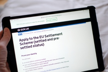 Home Office extends funding for EU Settlement Scheme image