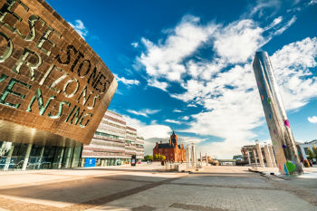 Landmark £1.2bn City Deal signed for Cardiff Capital Region image
