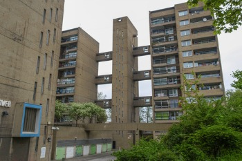 MPs call for sprinklers to be fitted to all high-rise residential buildings image