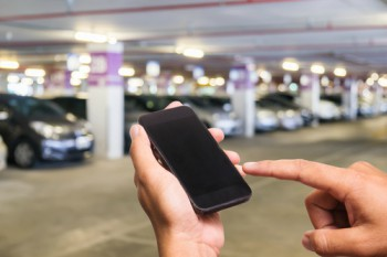 Majority of drivers avoid pay-by-phone parking bays finds research image