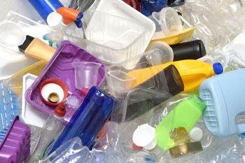 Over half of councils 'experiencing issues' with plastic markets image
