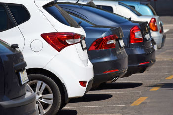 Parking pain costs UK economy £30bn a year image