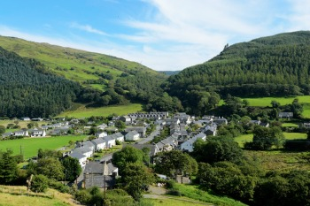 Report calls for land market reform image