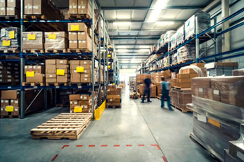 Report warns of inextricable link between homes and warehousing image