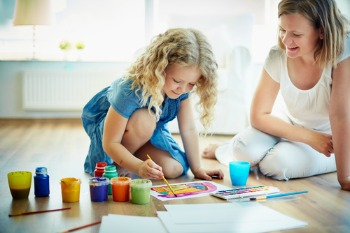 Scottish Government responds to poverty review with £1m for new childcare models image