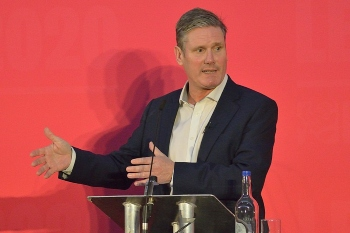 Starmer warns coronavirus has created a perfect storm for councils image