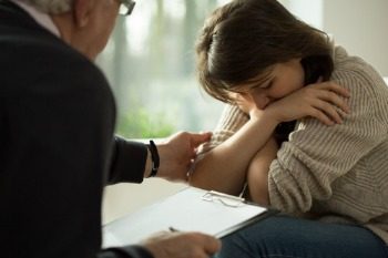 Study links to childrens health to parents mental health problems image