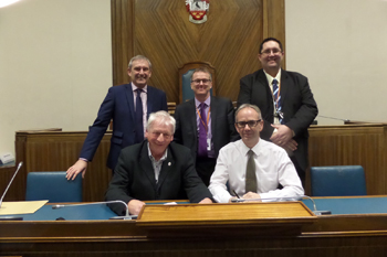 Two Essex councils agree to share revenue and benefits services image