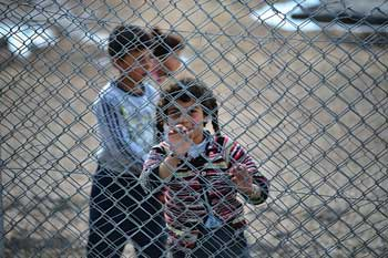 UK half way to meeting target of resettling 20,000 refugees image