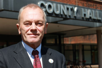 Worcestershire chief executive passes away image